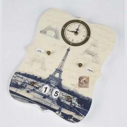 Horloge calendrier vieux Paris