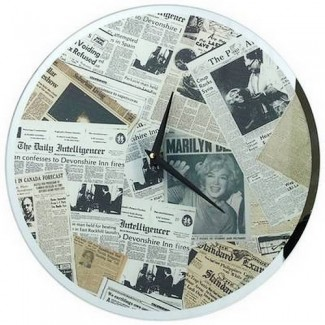 Pendule Newspaper Vintage Marilyn