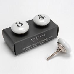 """Deux boutons de porte """"3 & 4"""""""
